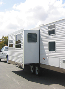 RV with extendable side extended